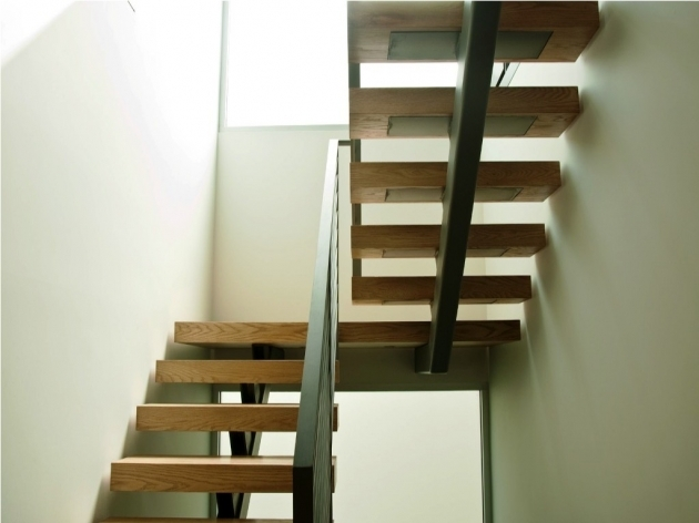 Floating Stair Treads The Amazing Look Of Models Image 02