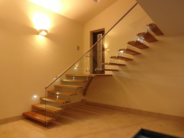 Oak Staircases With Glass Panels And Boss Fixed Glass Stainless Steel Pictures 94