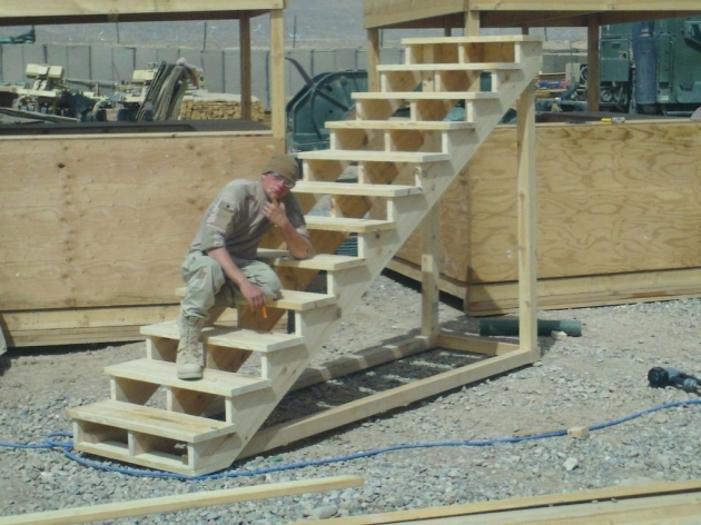 Building Stairs For A Deck F9SSSX8H0OIUIGW Picture 99