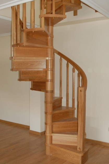 Oak Staircase Spindles Home Interior Stair Decoration Using Solid Oak Wood Wood Spiral Staircase Photos 03