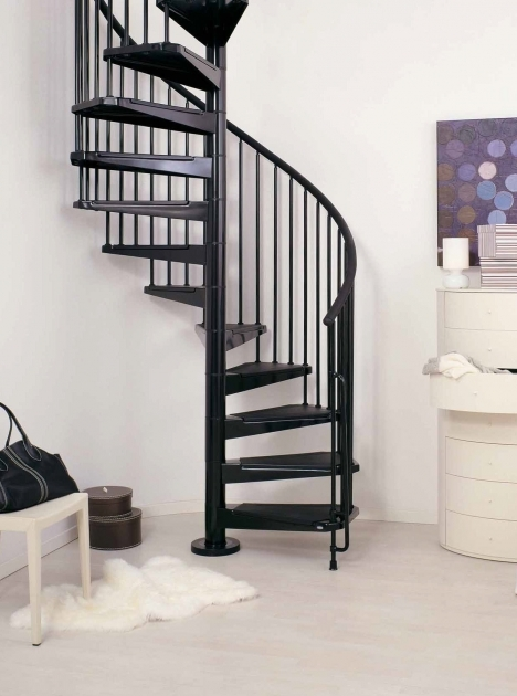 Wrought Iron Spiral Staircase Black Polished Wrought Iron Common Spiral Staircase With Solid Wood Tread Pics 65