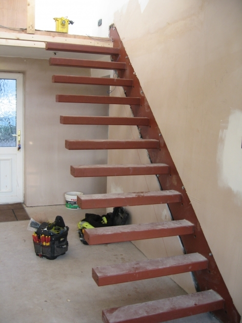 Floating Stairs Construction Wood Foot Steps Without Handrails Decorate Small Room Interior Designs Photos 98