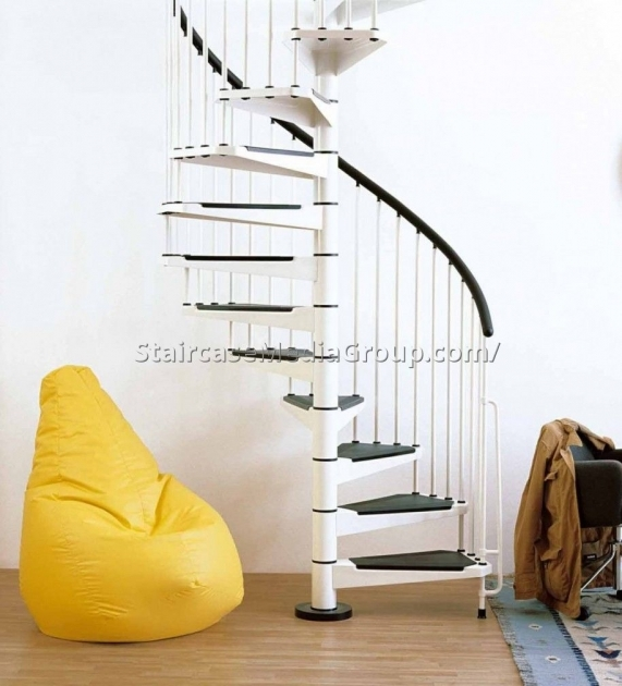 Small Spiral Staircase Design Picture 02