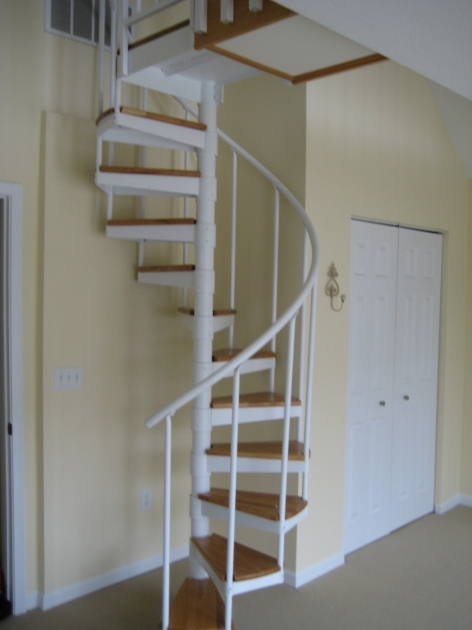 Small Spiral Staircase Space With White Metal Spiral Picture 62