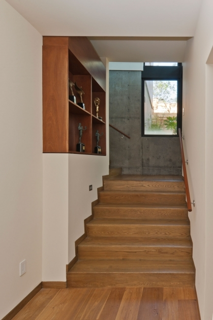 Tiles On Stairs Wall Architecture Stairs Rustic House Design With Laminate Flooring Tile Image 28