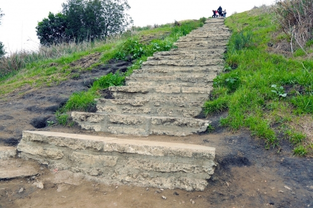 Culver City Stairs Address Picture 98