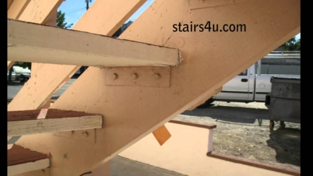 How To Cut Stair Stringers Methods For Attaching Wood Treads Photo 48