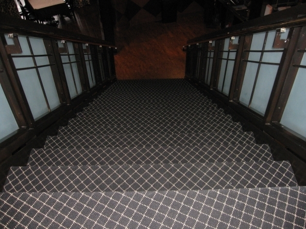 Carpeting Stairs With Spindles Uk Images 31