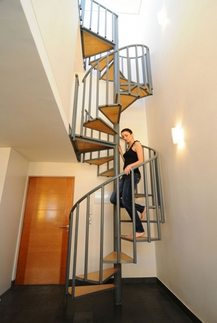 Spiral Staircase Dimensions House Decorating Design Ideas Including Metal Spiral Handrail And Solid Wood Staircase Pictures 99