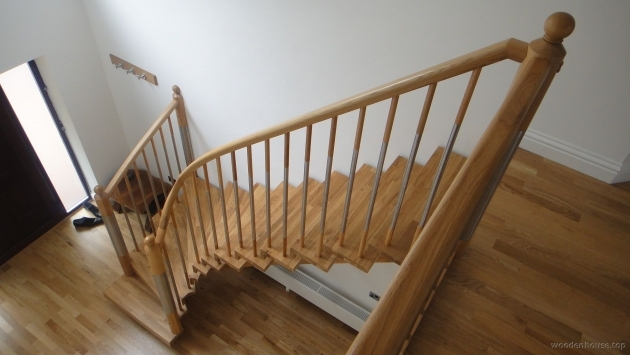 Oak Staircase Spindles Contemporary Wooden House Picture 01