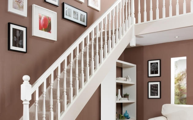 Staircase Spindles Wood White Primed Image 08