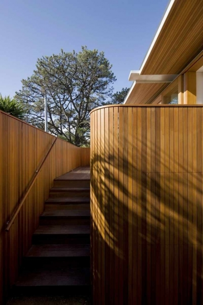 Timber Stairs Outdoor Contemporary Beach House Pictures 41