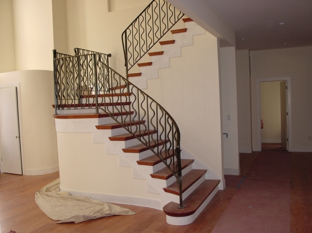 Small House Staircase Designs Minimalist White Nuance Modern House Image 77