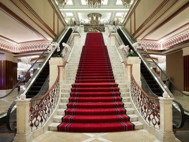 Grand Staircases Design Beautiful Ideas Image 85