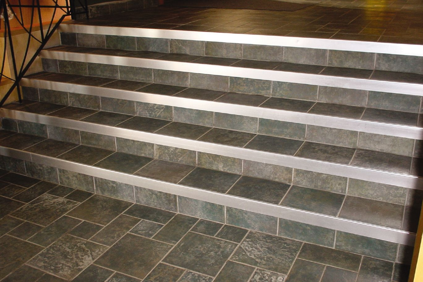 Tiling Stairs Edge Schluter Rondec Step For Countertops Profiles Pic 02