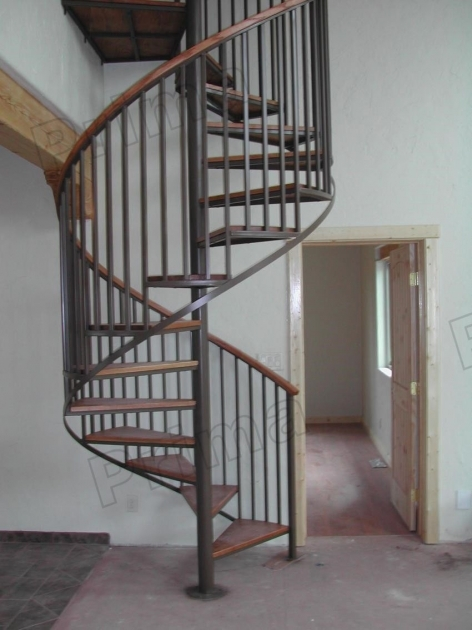 Best Quality Solid Wood Tiny House Spiral Staircase With Carbon Steel Picture 98