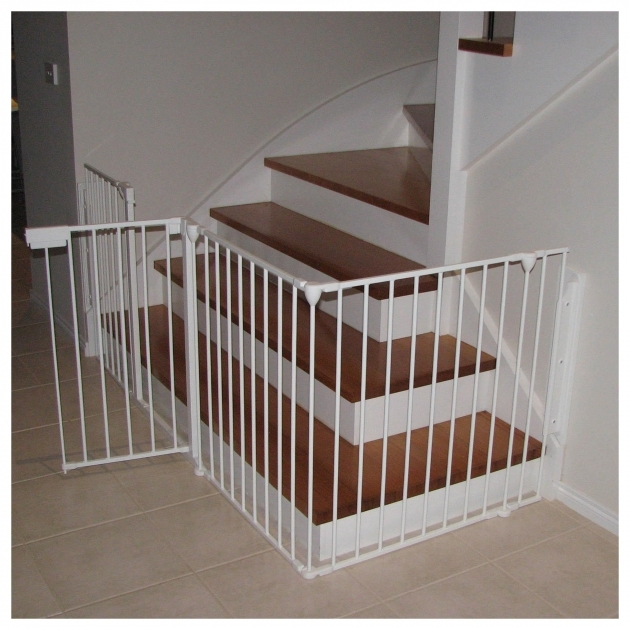 Child Safety Gates For Stairs Picture 03