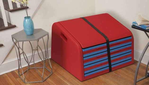 Foldable Slide For Stairs The Sliderider Makes Your Stairs Into A Slide Homes And Hues Photos 58