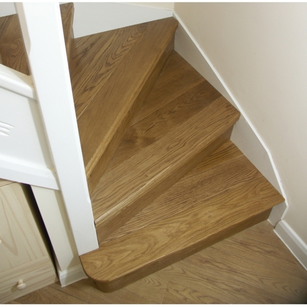 Oak Cladding Winder Stair Tread Kit Picture 20