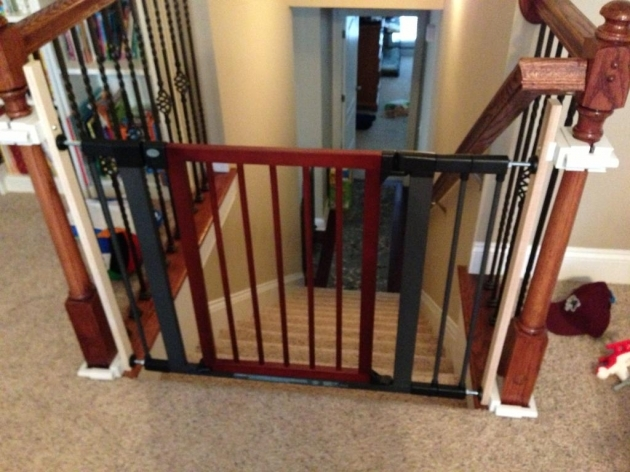 Small Baby Safety Gates For Stairs Pictures 19