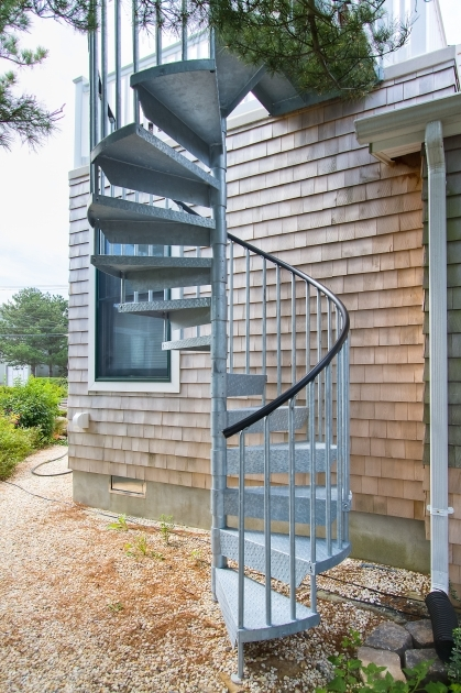 Used Salter Spiral Stair Photo 86