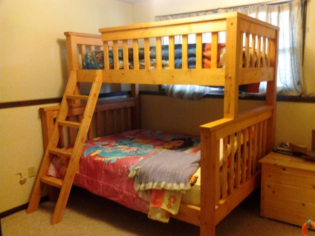 Wood Full Over Queen Bunk Bed With Stairs Picture 09