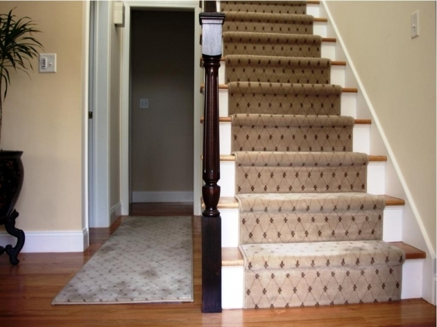 Carpeting Stairs With Spindles Ideas Design Photos 49