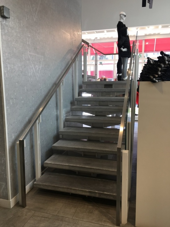 Stairs And Handrails Mail Steel Center-Beam For Commercial Staircase | Bella Stairs Image 889